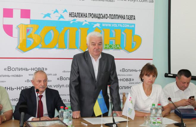2d2def9211cb13 Голова Волинської ОДА Олександр Савченко привітав журналістів із  професійним святом